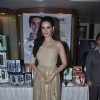 Evelyn Sharma poses for the media at Mandate Model Hunt 2014