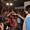 Vivek Oberoi gives prasad to all the photographers