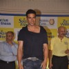 Akshay Kumar poses for the media at Donate Your Calories Sugarfree Campaign