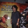 Kailash Kher poses for the media at the Premier of Desi Kattey