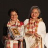 Jaya Bachchan felicitated Tanuja at Kolkatta Film Festival