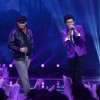 Darshan performs with Mohit Chauhan at the Grand Finale of India's Raw Star