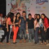 Sukhwinder Singh poses with his fans at Bandra Fest