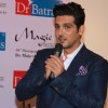 Zayed Khan addressing the audience at Mukesh Batra's Photo Exhibition