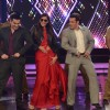 Salman Khan, Sonam Kapoor and Arbaaz Khan shake a leg in Bigg Boss 8