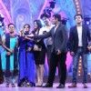 Team Diya Aur Baati Hum won an Award at Zee Rishtey Awards 2014