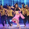 Drashti Dhami performing on halkat jawani song in JDJ