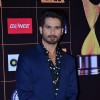 Shahid Kapoor poses for the media at Star Guild Awards