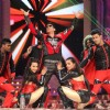 Shah Rukh Khan performs at Stardust Awards 2014