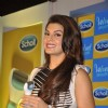 Jacqueline Fernandes Launches Scholl Velvet Smooth Express Pedi
