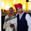 Vivian Dsena with his mom