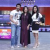 Ashish Chowdhry and Sanaa Khan pose with Farah Khan at the Launch of Farah Ki Daawat