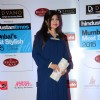 Alka Yagnik poses for the media at HT Style Awards 2015