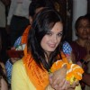 Evelyn Sharma poses for the media at Siddhivinayak Temple