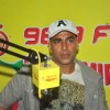 Akshay Kumar Reaches Radio Mirchi at 5:30 am to Promote Gabbar