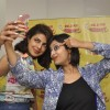 Selfie Time! - Priyanka Promotes Dil Dhadakne Do on Radio Mirchi