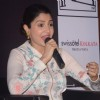 Anushka Sharma Interacts with People at Promotions of Bombay Velvet in Kolkatta