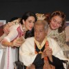 Karisma Kapoor clicks a selfie with Shashi Kapoor and Reema Jain