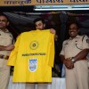 Ranbir Kapoor Presents Mumbai FC Raincoat for Mumbai Traffic Cops