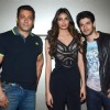 Salman Khan, Athiya Shetty and Sooraj Pancholi on the Sets of Jhalak Dikhla Jaa 8