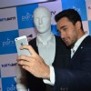 Imran Clicks Selfie at Parx 'Katti Batti' Collection Launch