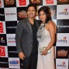 Shaan With His Wife Pays Tribute to Gulshan Kumar