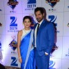 Shabbir Ahluwalia and Sriti Jha at Zee Rishtey Awards 2015