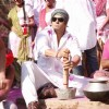 Salman Khan preparing Bhang | London Dreams Photo Gallery