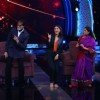 BigB and Parineeti shaking a leg at 'Aaj Ki Raat Hai Zindagi' Show