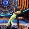 Kriti Sanon and Salman Khan Shakes a Leg on Bigg Boss 9