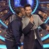 Salman Khan Kisses Varun Dhawan on Bigg Boss 9