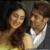 Lovable scene of Salman Khan and Kareena Kapoor | Main Aurr Mrs. Khanna Photo Gallery