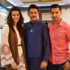 Promotions of 'Dilwale' on Sets of  'Saath Nibhana Saathiya'