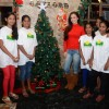 Elli Avram Celebrates Christmas with Kids