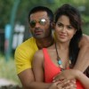 Lovable scene of Sunil Shetty and Sameera Reddy