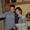 Nimrat Kaur and Akshay Kumar at Promotions of 'Airlift' - Team Meets Audience