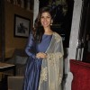 Nimrat Kaur Promotes 'Airlift' - Team Meets Audience