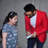 Ranveer Singh Gives his Autograph to his Kid Fan at Mehboob
