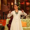 Kareena Kapoor Promotes Ki & Ka on Comedy Nights Live