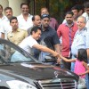 Aamir Khan meets his cute fan while leaving from Lilavati Hospital post meeting Dilip Kumar ji