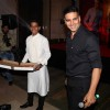Akshay Kumar Distributes Pizza at 'Housefull 3' Success Meet