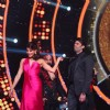 Manish Paul and Jacqueline Fernandes on the sets of 'Jhalak Dikhlaa Jaa'