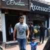 Raj Kundra snapped with family for lunch