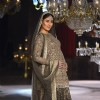 Kareena Kapoor sizzles at the Grand Finale of Lakme Fashion Show 2016