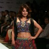Minisha Lamba in the ramp of Designer Monapali at Kolkata Fashion Week (Photo : IANS)