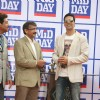 Vivek Jain with Akshay Kumar at Mid-Day race in Mahalxmi Race Course