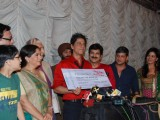 Shah Rukh Khan with Khichdi movie team