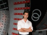 Hrithik Roshan promotes 'Guzaarish' on Zee Singing Superstar