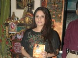 Gracy Singh at Dr Manish Maladkar's book launch at MHADA