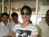 Sonakshi Sinha with Cancer Patients of Shanti Avedna Ashram in Mumbai